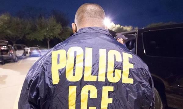 3 cosas que un inmigrante nunca debe hacer durante una redada de ICE