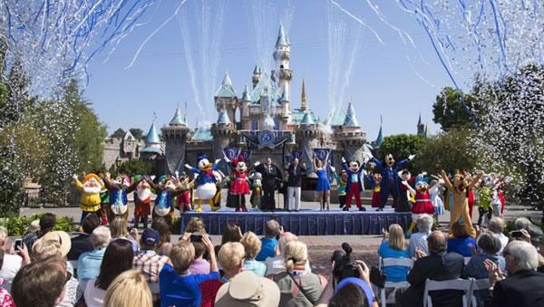 Piden a Disney demorar reapertura de Walt Disney World