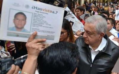 México pide a España y Vaticano que se disculpen