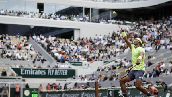 Nadal y Djokovic empiezan con victorias cómodas en Roland Garros