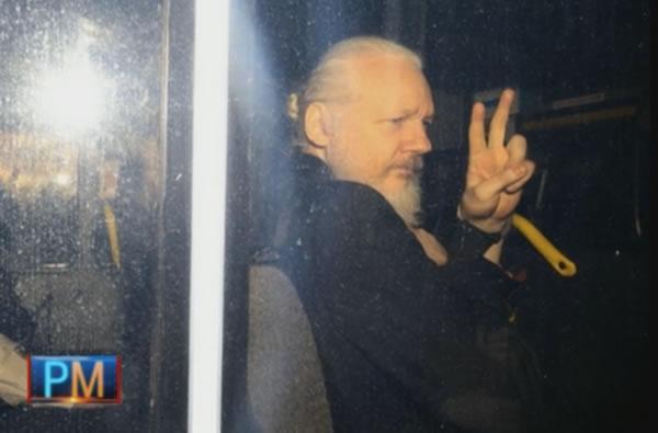 Gran Bretaña firma los papeles para extraditar a Julian Assange a Estados Unidos