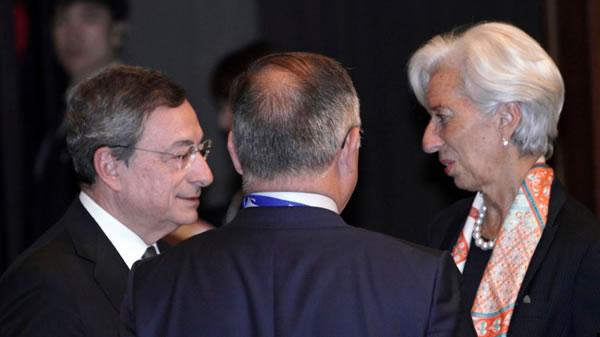 El euro gana terreno ante el dólar como moneda internacional