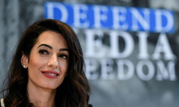 Amal Clooney defenderá a una periodista crítica con el presidente filipino