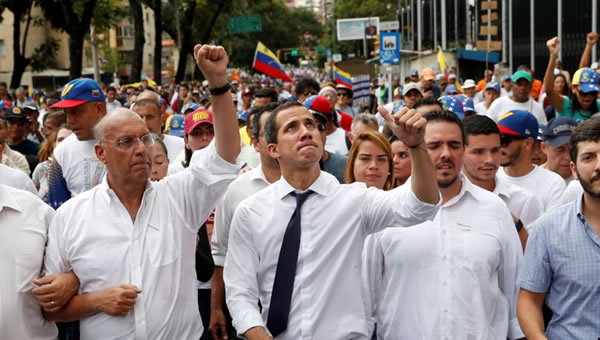 """Guaidó convoca protestas en Venezuela para """"recuperar"""" independencia"""