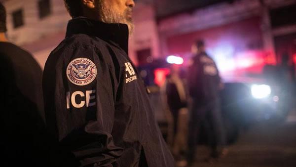 ICE reporta cientos de arrestos de inmigrantes indocumentados