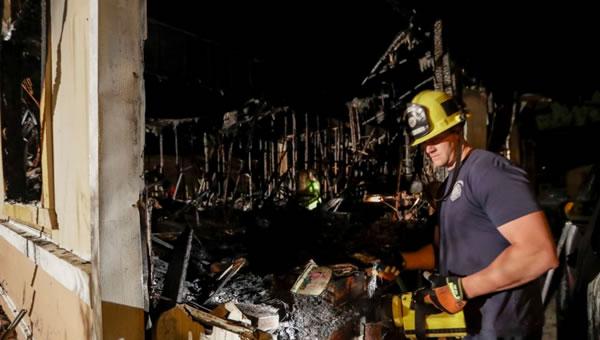 California evalúa daños tras el mayor terremoto en 20 años