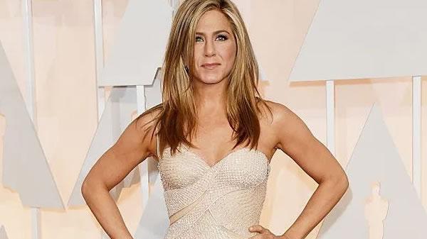 Jennifer Aniston se siente maravillosa con su cuerpo a sus 50 años de edad