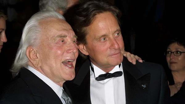 Michael Douglas escribió un emotivo homenaje a su difunto padre Kirk Douglas