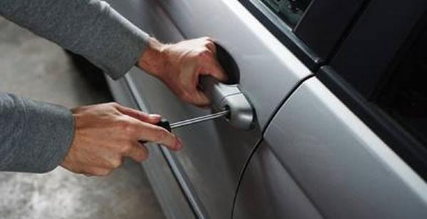 ¡Cierra tu auto! Aumentan robos de vehículos durante la pandemia de COVID-19