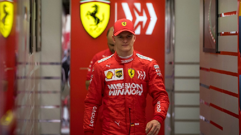 Hijo de Michael Schumacher debutará en Fórmula 1 con Ferrari