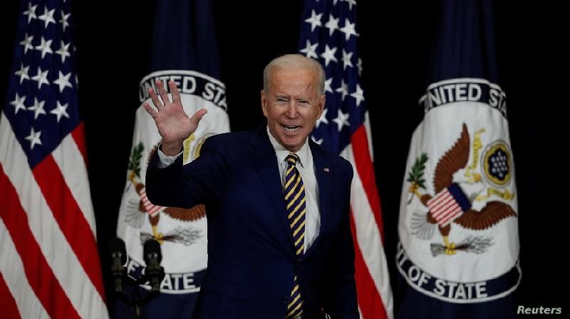 La Administración Biden reanuda la concesión de visados de trabajo y de residencia
