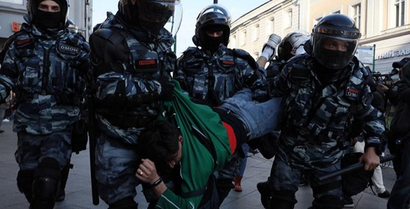 Blinken fustiga a Rusia por la represión contra seguidores de Navalny